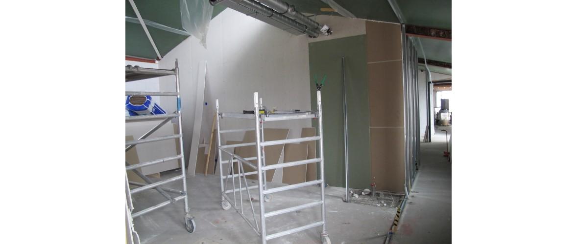 Juni 2020 - Scheidingswand tussen de gastenkamers