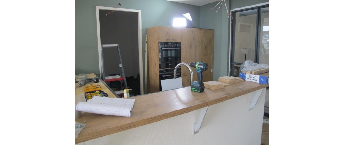 Oktober 2020 - De keuken wordt gemonteerd