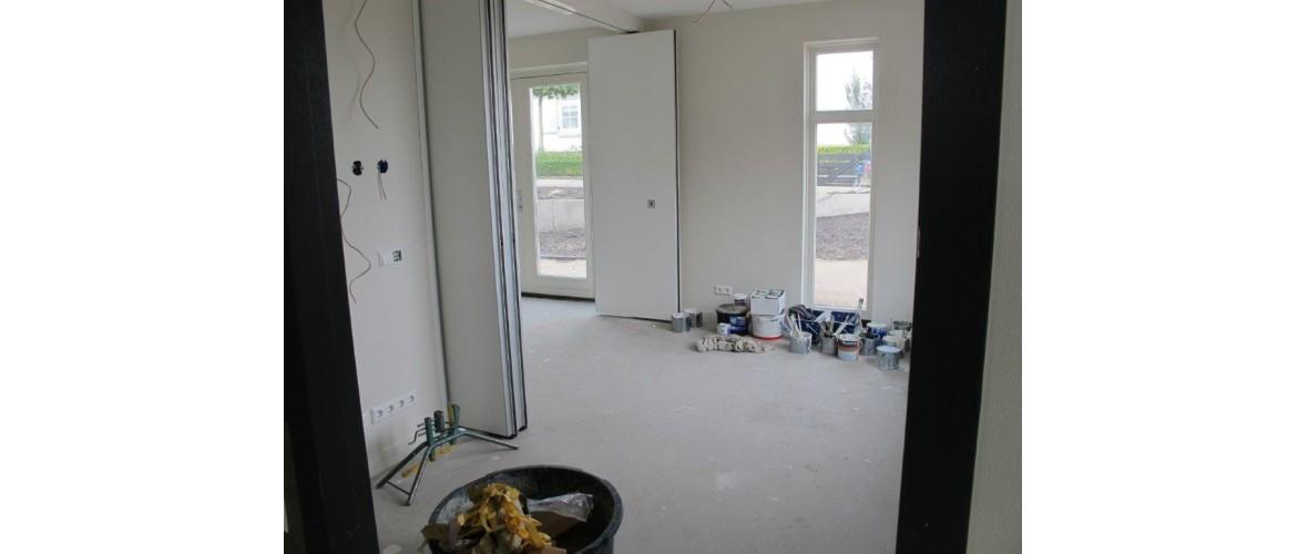 Oktober 2020 - De vouwwand tussen de kamer van de coördinator en de familiekamer