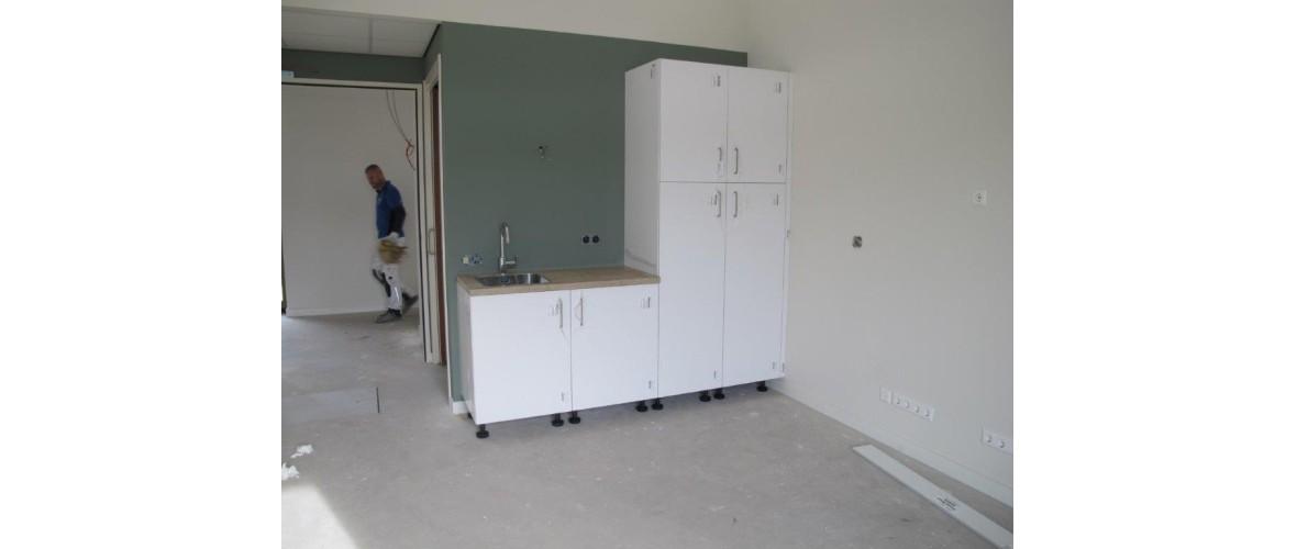 Oktober 2020 - De pantry met de kledingkast in de gastenkamer